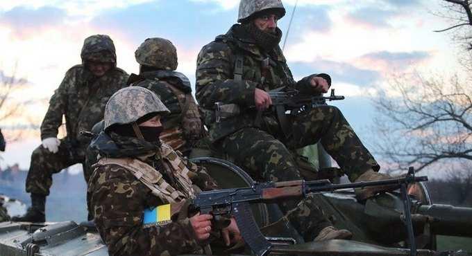 ВСУобстреляли Донецк, один изснарядов попал водвор жилого дома | Русская весна