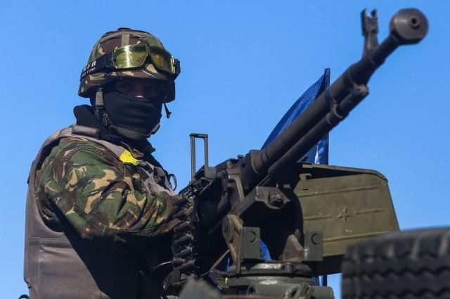 Украинские военные обстреляли автомобили с персоналом ДФС во время его эвакуации | Русская весна
