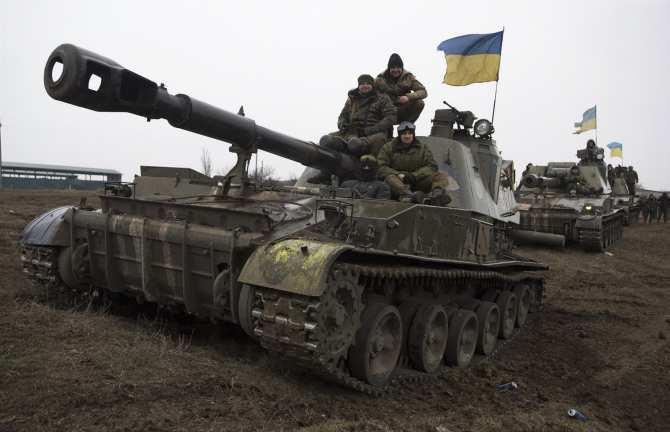 ВСУобстреляли изтяжелого вооружения западные окраины Донецка иКрасногоровку | Русская весна