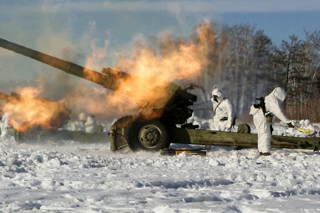 ВСУ открыли огонь по пригороду Донецка во время работы там полевой кухни | Русская весна