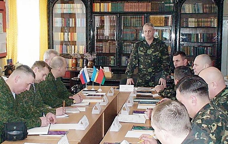 Украинскую армию готовят к подавлению народных протестов | Русская весна