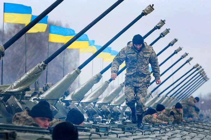 «Нет оружию для Украины!»: В США рассказали о неонацистской стране, карателях ВСУ и повстанцах Донбасса   Русская весна