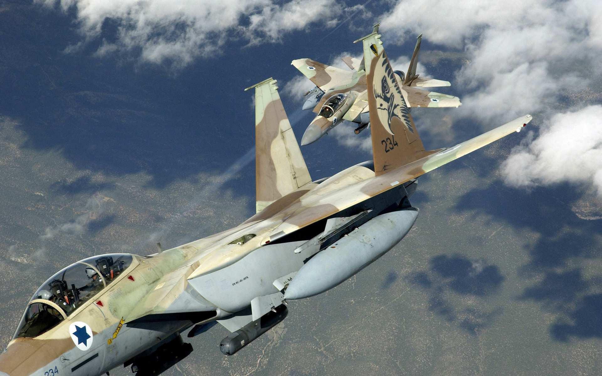 Израильские самолеты подверглись ракетным обстрелам с территории Сирии | Русская весна