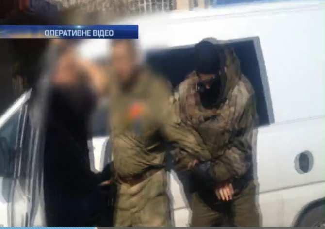 В военкомате Черновцов освобождали от мобилизации за 700 долларов, преступники задержаны (ВИДЕО) | Русская весна