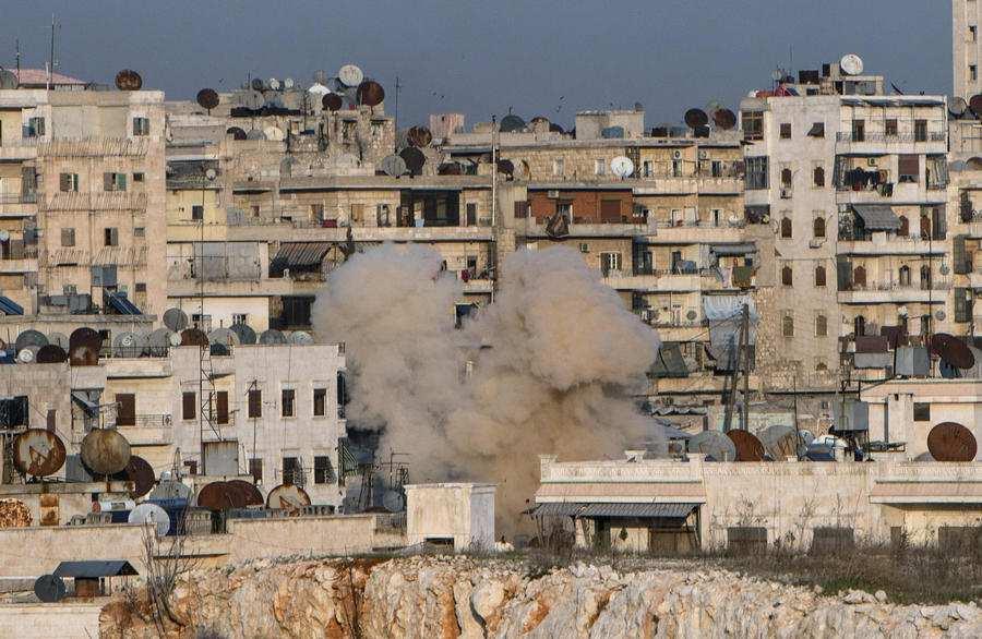 ВАЖНО: Исламисты применили химическое оружие вСирии, пострадали курдские бойцы в Алеппо — эксклюзив «Русской Весны» (ВИДЕО)   Русская весна