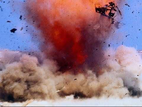 Свист, взрыв и трупы: террористы в Сирии шокированы прямым попаданием бомбы всвои окопы (ВИДЕО 18+) | Русская весна