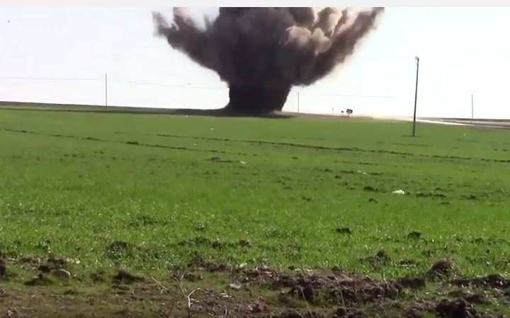 Мощнейший взрыв уничтожил автобус стурецкими военными (ВИДЕО)   Русская весна