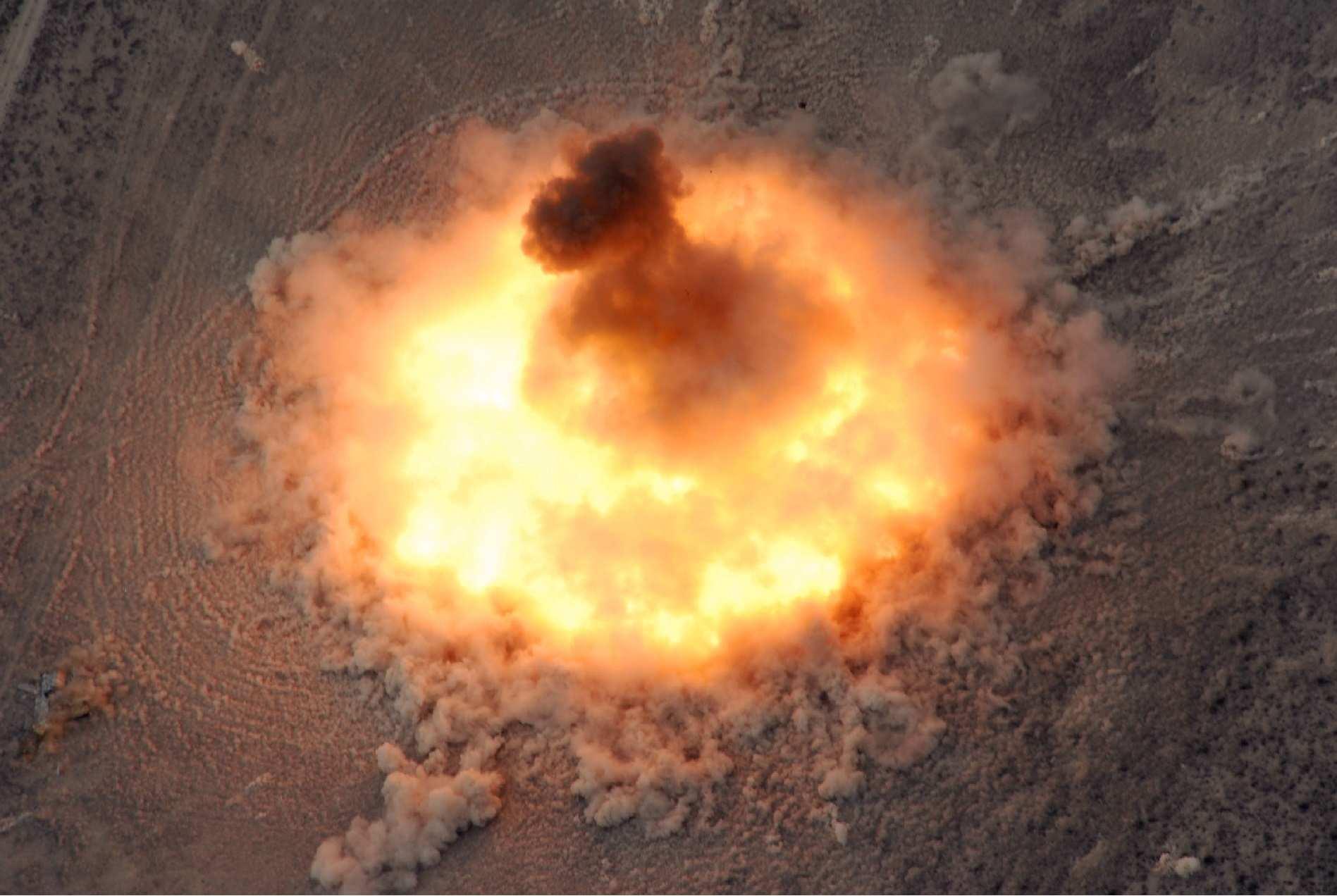 Страшные кадры: БПЛА показал, как бомбы похоронили отряд ИГИЛ в руинах Дамаска (ВИДЕО) | Русская весна
