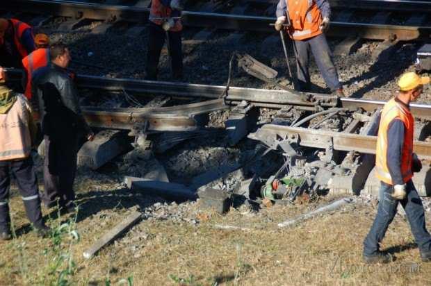 Взрыв железнодорожного моста в Одессе — подробности | Русская весна