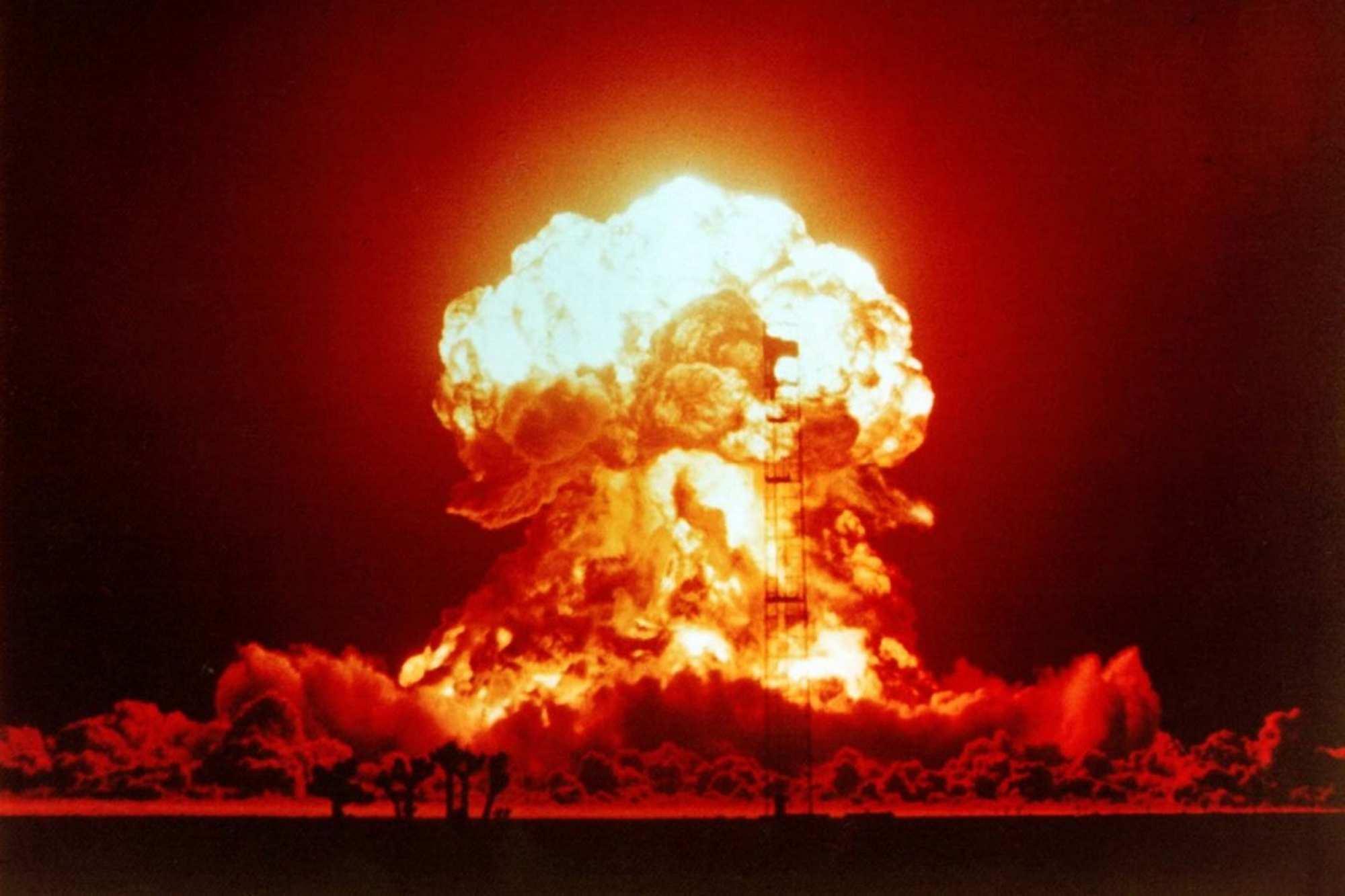 В Великобритании задумались о нанесении ядерного удара по позициям ИГИЛ | Русская весна