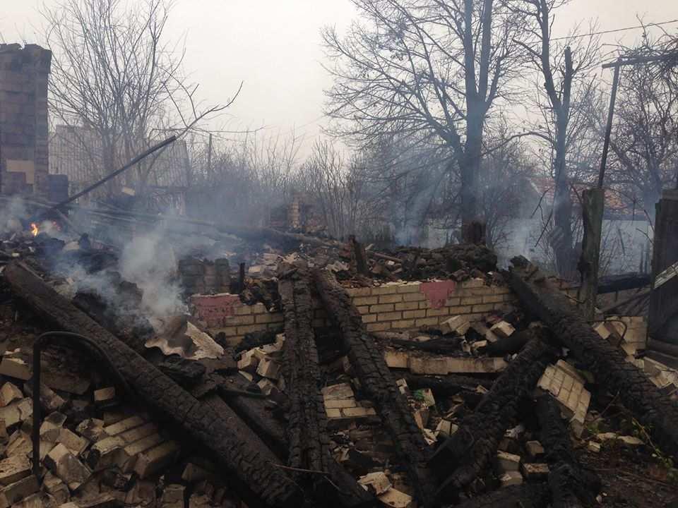Обстреляны Ясиноватая и Горловка, уничтожены 2 дома, обесточены 3 села | Русская весна
