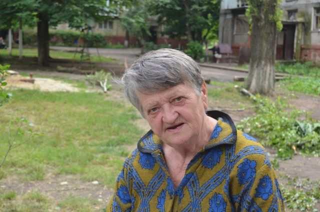 Бабушка из Горловки — как живётся под огнём | Русская весна
