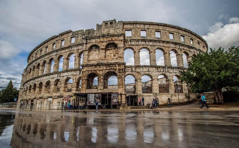 Самые известные античные амфитеатры, которые до сих пор используются по назначению