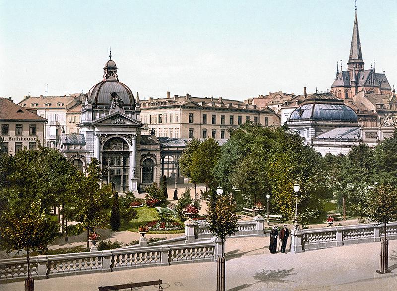 Файл: Kochbrunnen Wiesbaden 1900.jpg