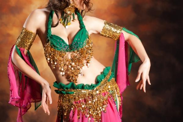 Популярные движения рук в восточных танцах