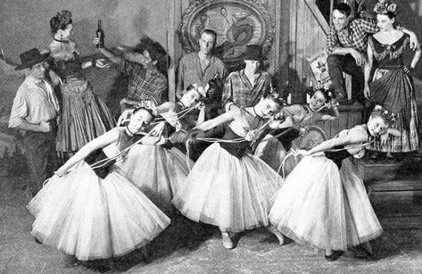 Танцевальная труппа Агнес де Милль