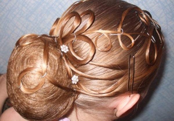 Бальная причёска: торжество стиля