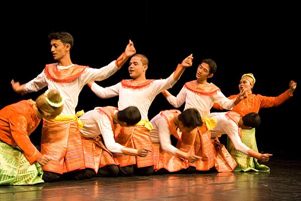 Танец исламской провинции Ачех