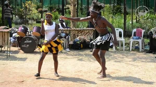 Танец Mbende\Jerusarema нароа зезуру