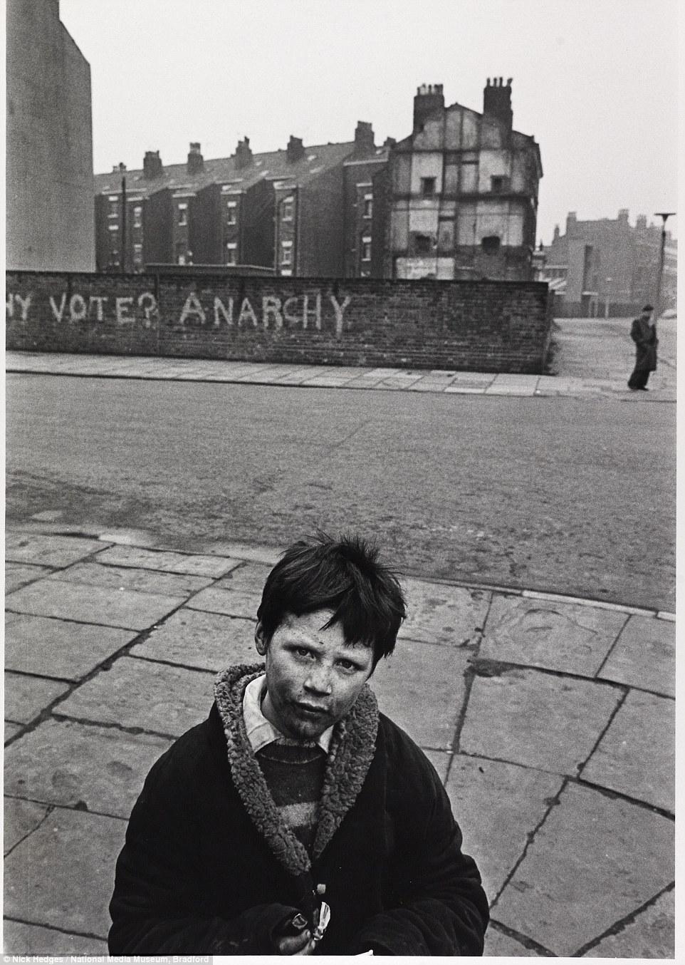 """""""А ничего, что это Англия?""""  - фото 70-х гг"""