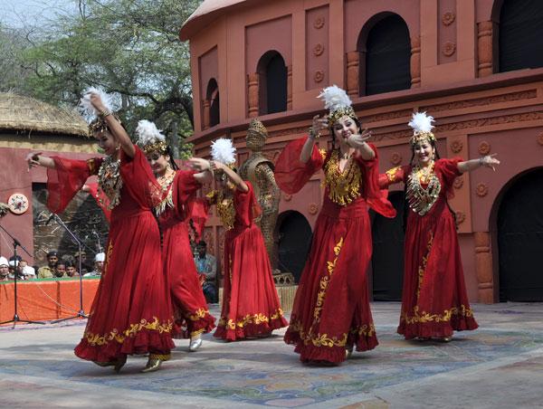 Традиционные танцы Узбекистана