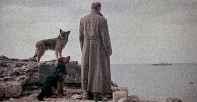 Кадр из фильма «Бег»