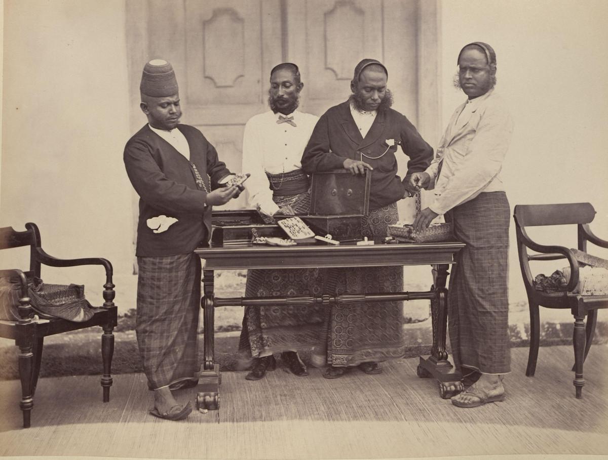 Albom fotografii indiiskoi arhitektury vzgliadov liudei 16