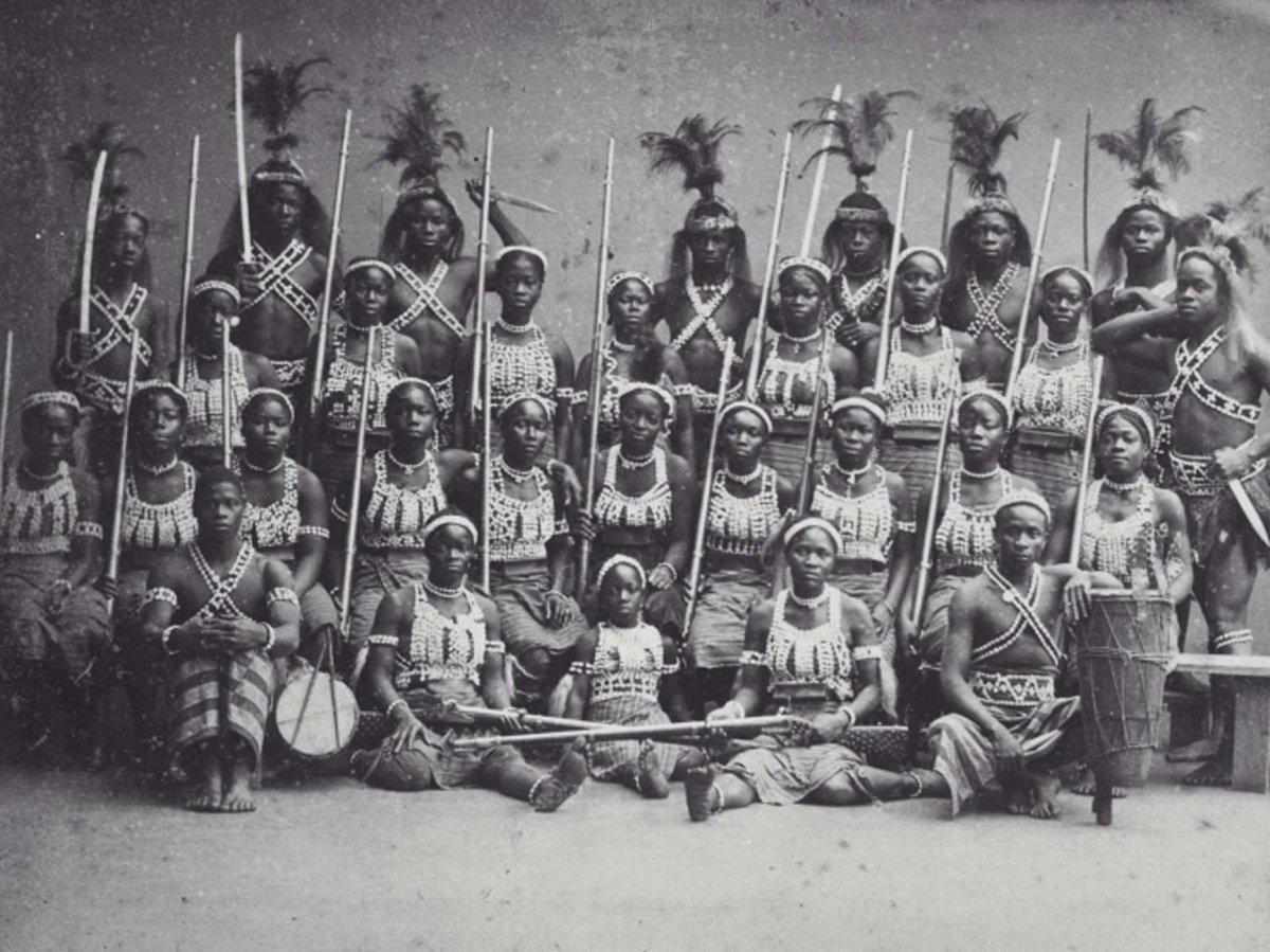 Дагомейские амазонки. <br>