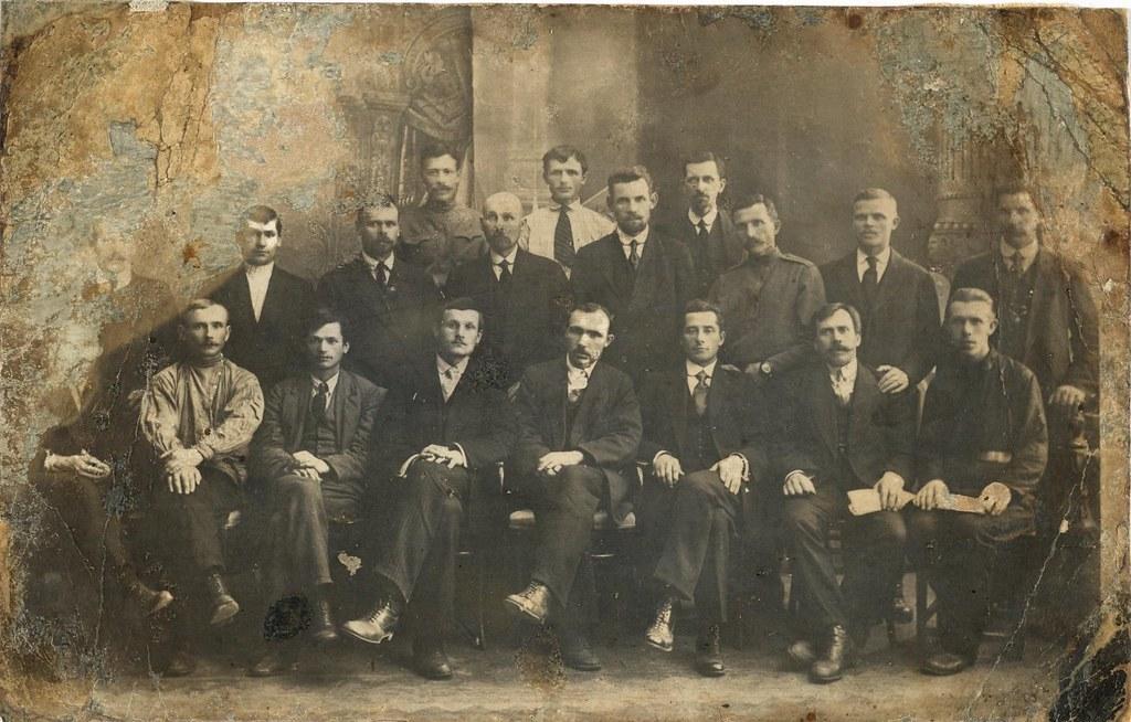 Члены первого фабричного комитета Путиловского завода. Июнь