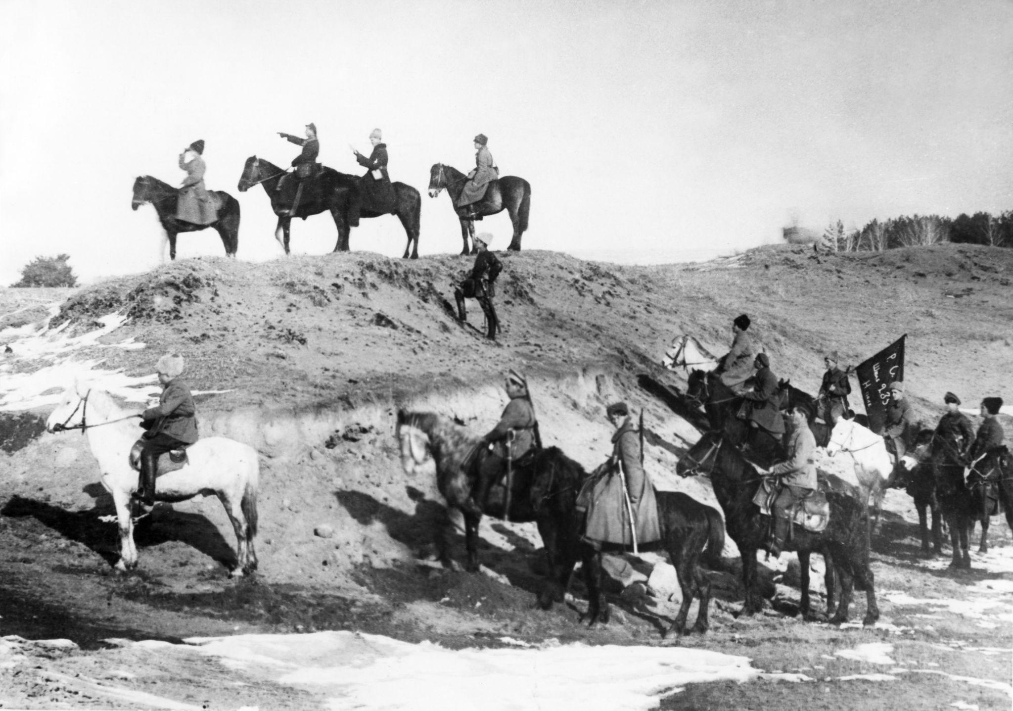 Командный пункт 235 Невельского полка на линии фронта, весна