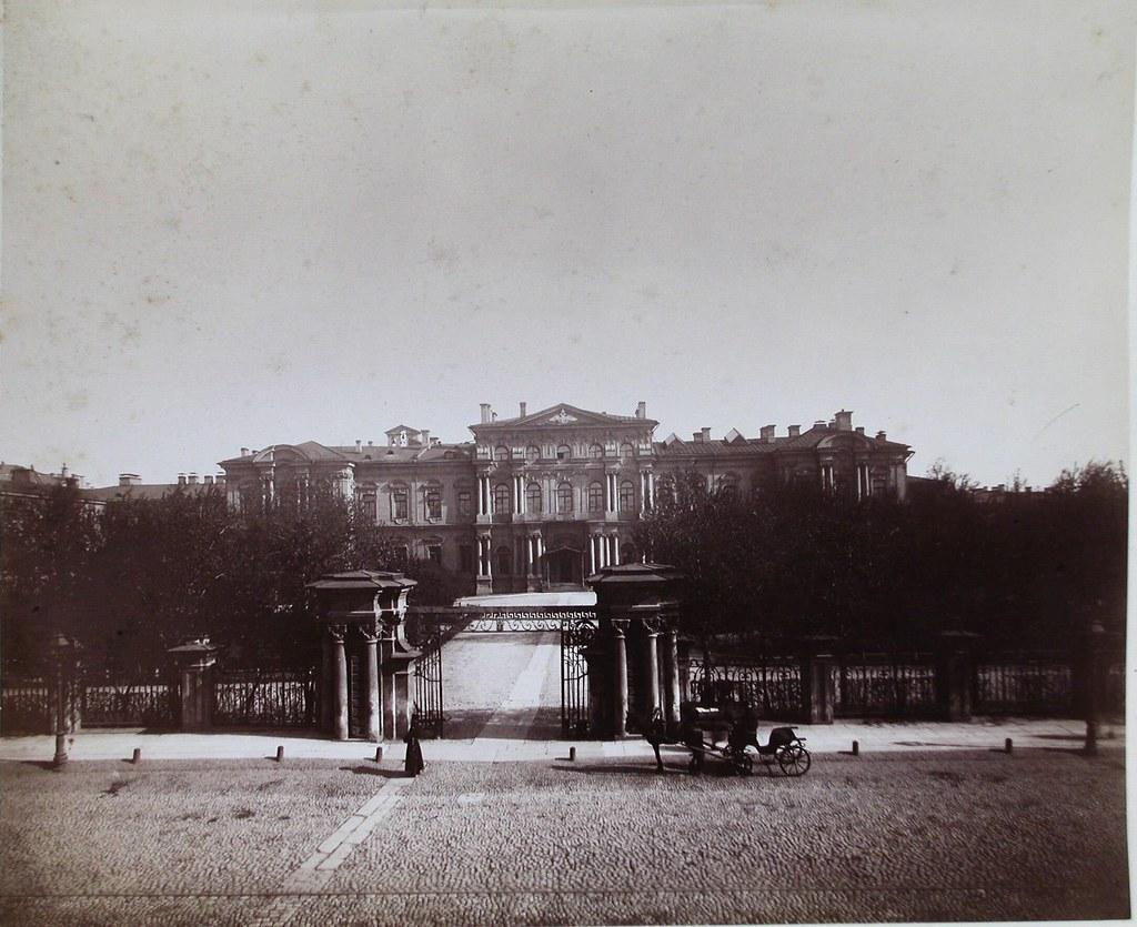 Общий вид здания Пажеского корпуса. 1901