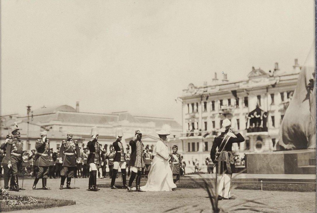 1912. Освящение памятника Императору Александру III