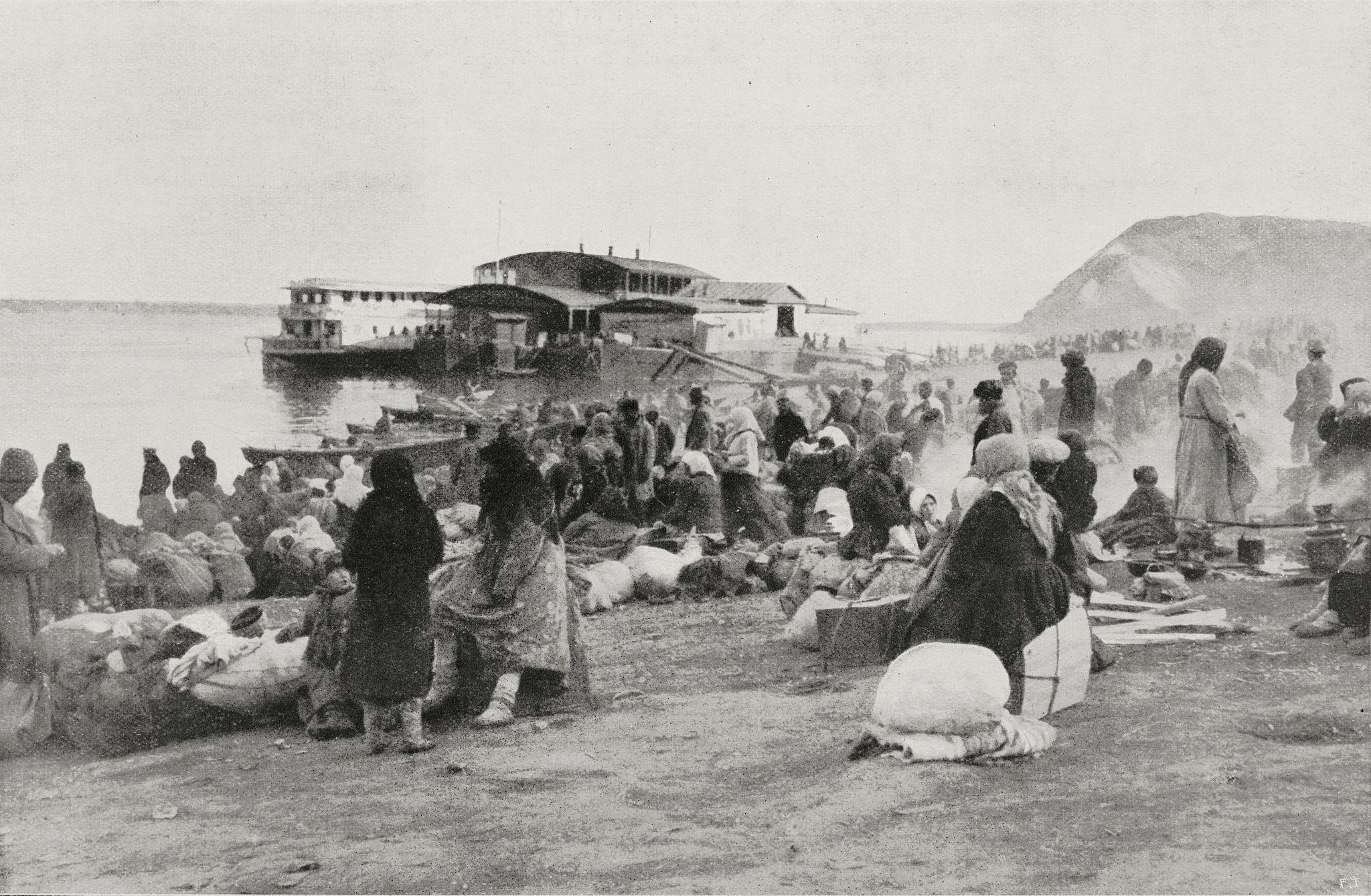 Лагерь беженцев на Волге в Самаре