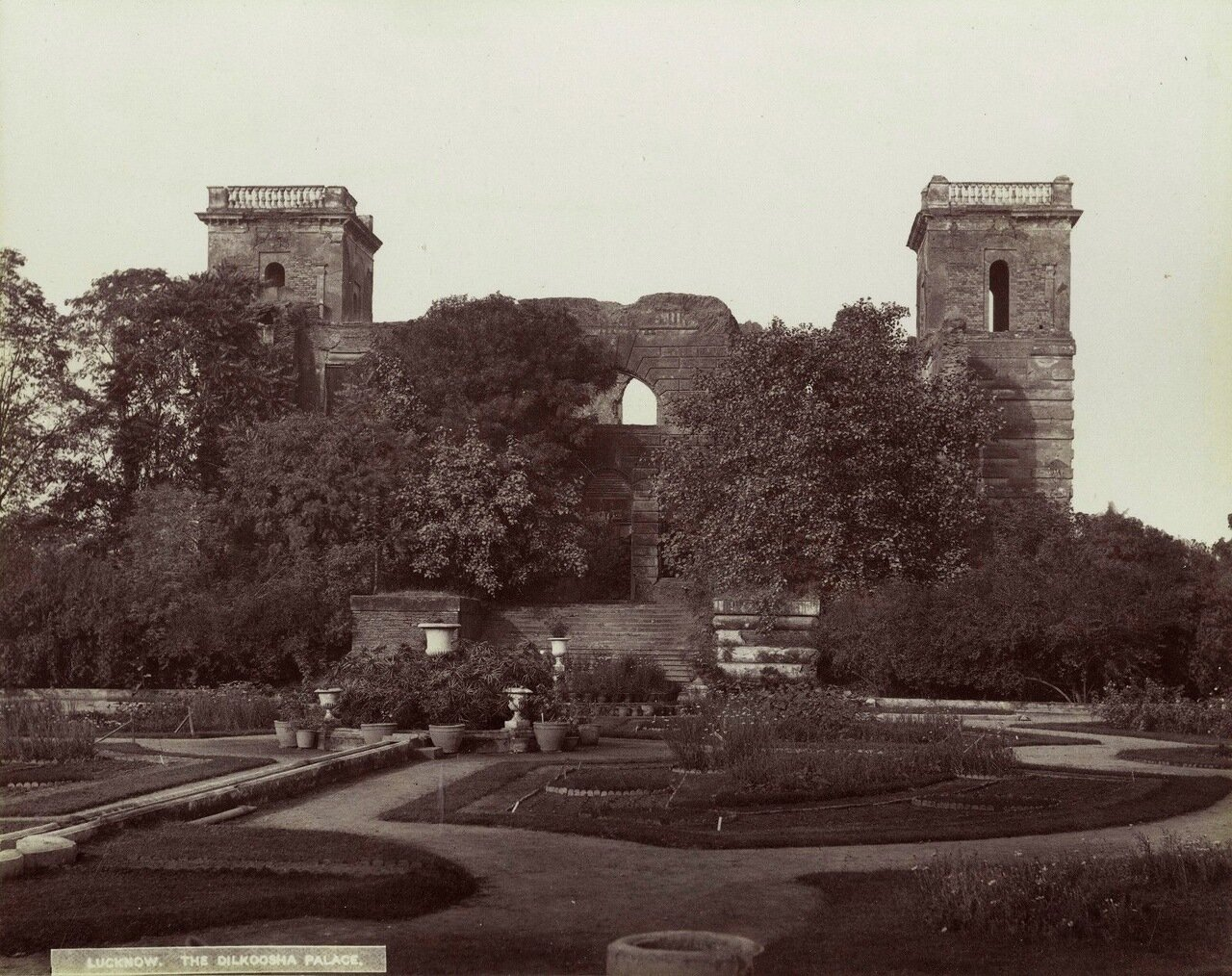 Лакхнау. Дворец Дилкуша Коти. 1880