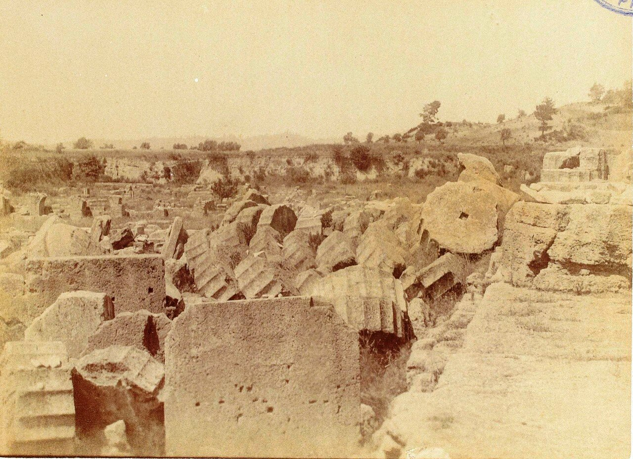 Колонны храма Зевса. 1892