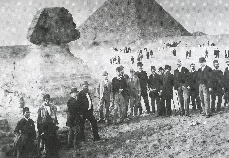 20. 1890. Египет. Цесаревич Николай Александрович (пятый слева) во время путешествия