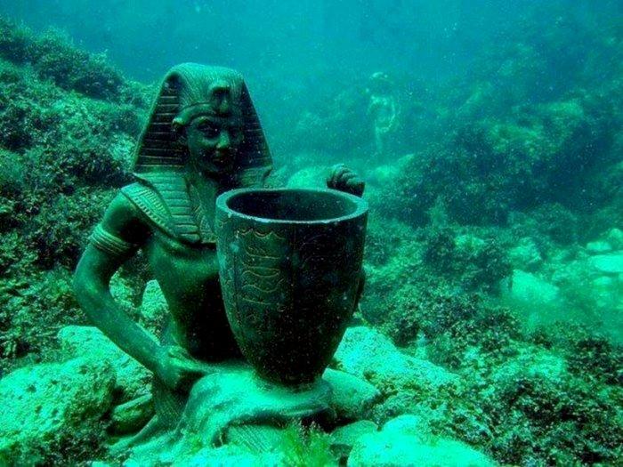 Место царствования египетских правителей оказалось на дне. /Фото: travelask.ru