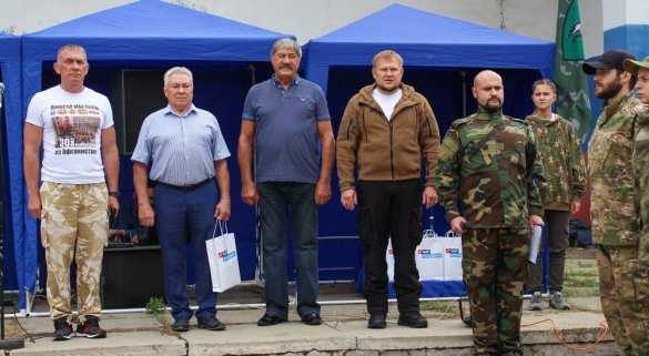 Яркие кадры: Луганчане показали богатырскую мощь (ФОТО)   Русская весна