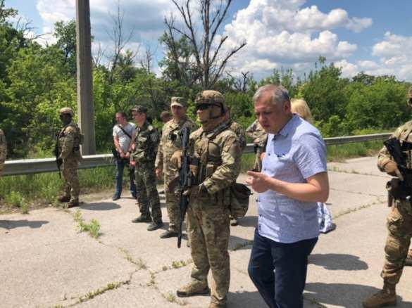 ЛНРпередала Украине 60заключённых (ФОТО)   Русская весна