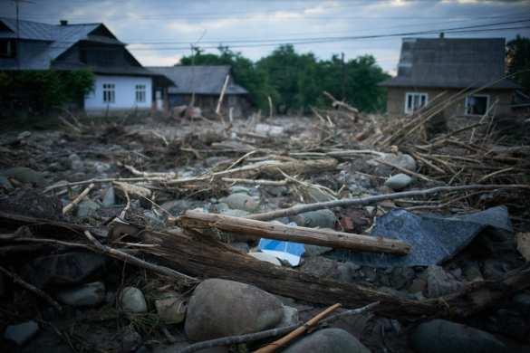 «Затопило всё... Урожая нет, куры утонули»: чудовищные последствия наводнения на Западной Украине (ФОТО, ВИДЕО) | Русская весна