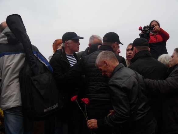 «Вон изОдессы, бандеровские бесы»: Антифашисты вышли на улицы Украины (ФОТО, ВИДЕО) | Русская весна
