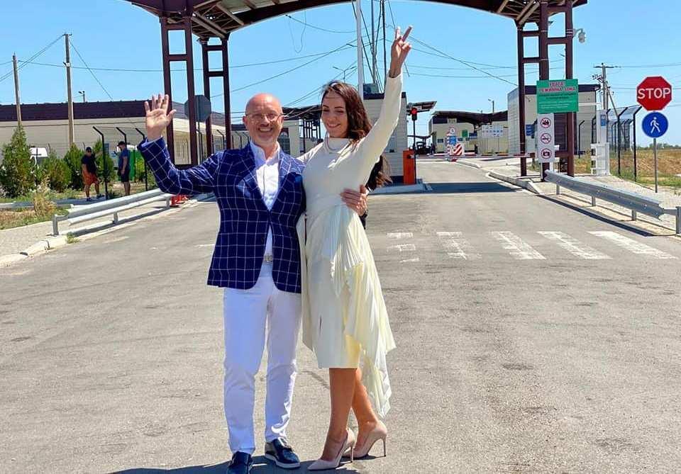 Вице-премьер Украины «по оккупированным территориям» уехал жениться на границу с Крымом (ФОТО)   Русская весна