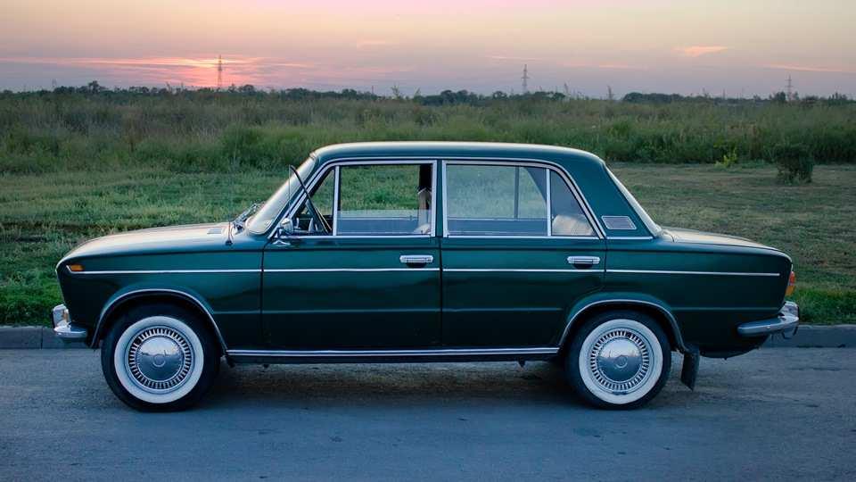 В Минпромторге ответили на идею комитета Госдумы запретить эксплуатацию старых автомобилей | Русская весна