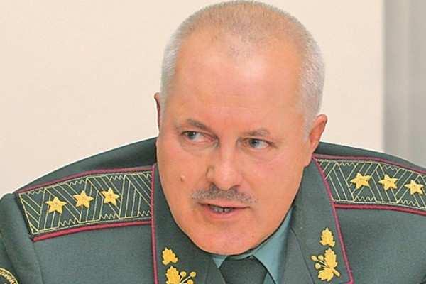 «Допустил снижение обороноспособности Украины»: в чём подозревают арестованного экс-главу Генштаба ВСУ | Русская весна