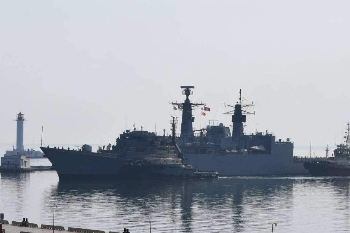 Фрегаты НАТО вошли в порт Одессы (ФОТО)   Русская весна