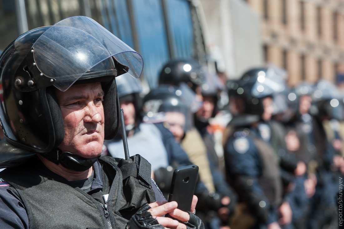 Полицейский-заложник освобождён, преступник остаётся на свободе, — МВД Украины   Русская весна