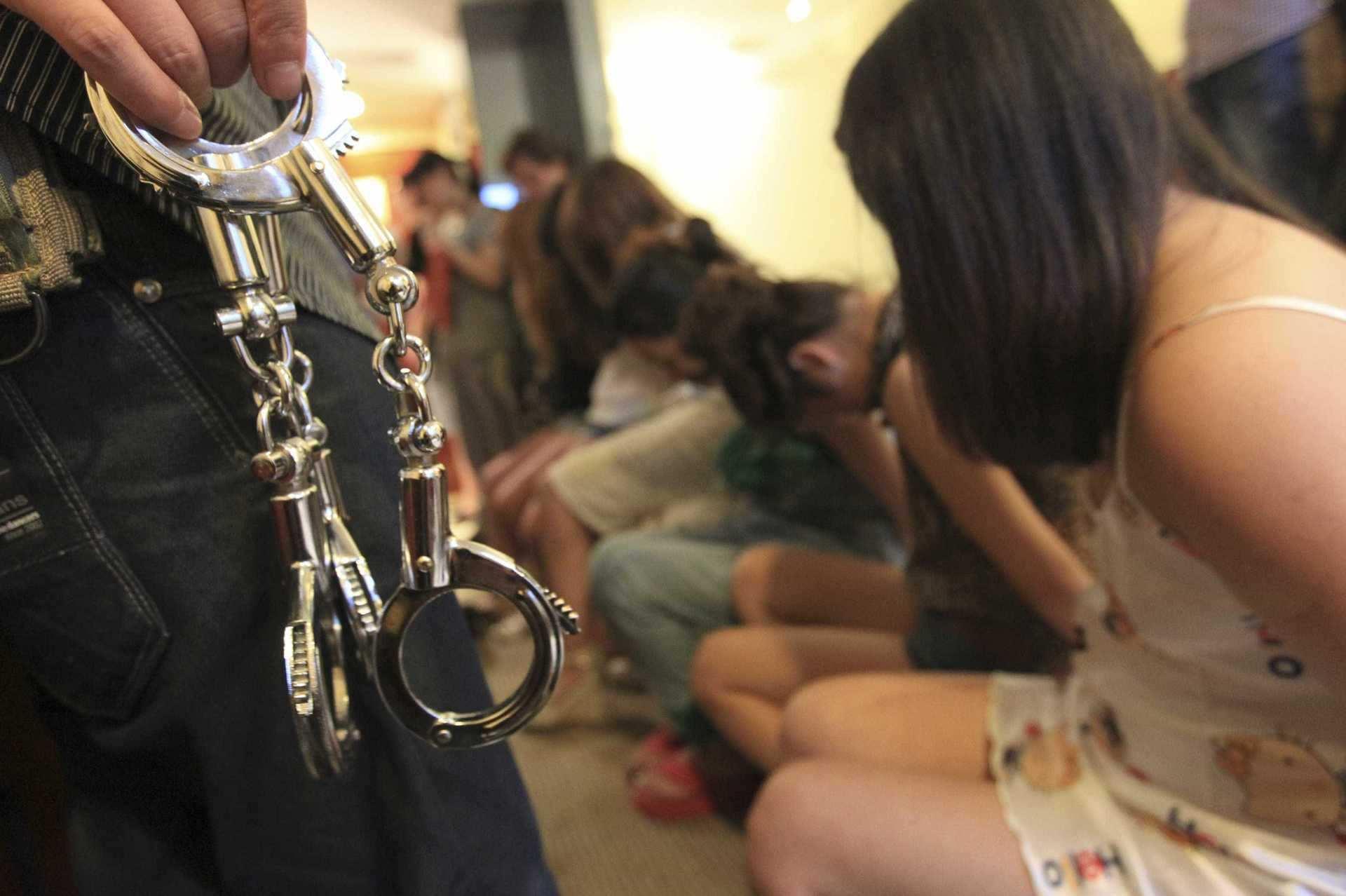 Десятки тысяч украинцев пострадали от торговли людьми за последние 3 года | Русская весна