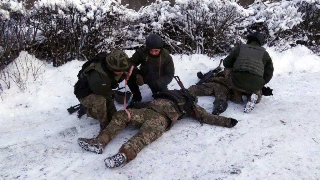 Военных ВСУ разрывает на части на Донбассе, командование экстренно ищет выход: сводка (ВИДЕО)   Русская весна