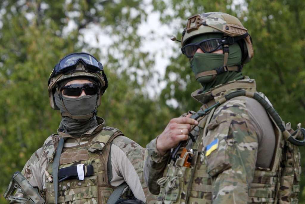 Спецназ ВСУ вербует бойцов ДНР через сайты знакомств, — украинские СМИ | Русская весна