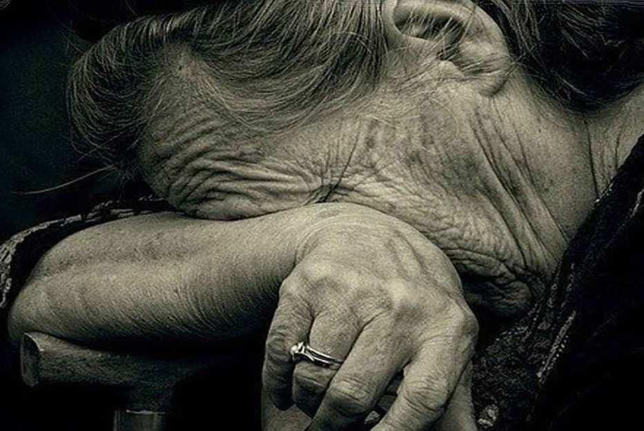 Тысячи украинцев могут остаться без пенсий из-за ошибки 90-х годов  | Русская весна